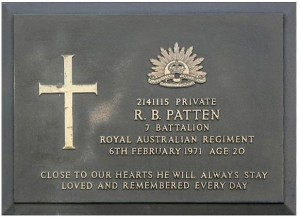 patten plaque